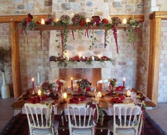 Winter warm tones medieval inspired table-settings