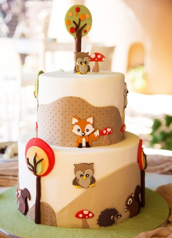 My forest friends Christening cake