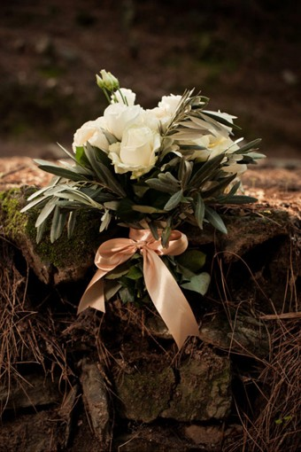Winter wedding bouquet olive branches Austin roses
