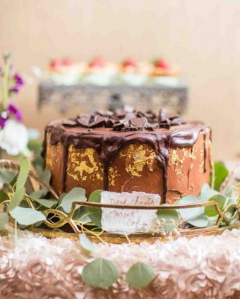 fall wedding Drip Cake Bri Cibene