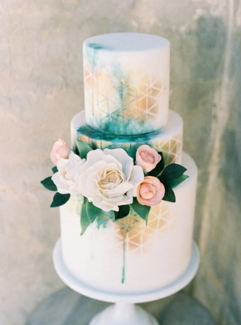 Whimsical wedding cake detail