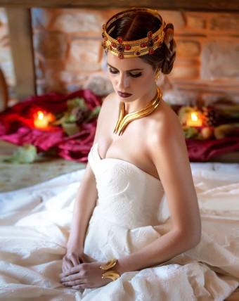 Royal bridal look