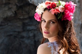 Bridal look Flower Wreath