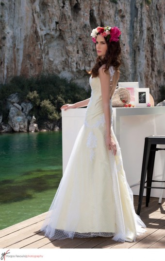 Soft yellow wedding gown