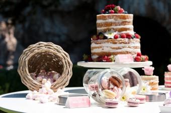 Dessert bar Naked cake