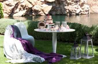 Lakeside picnic dessert table