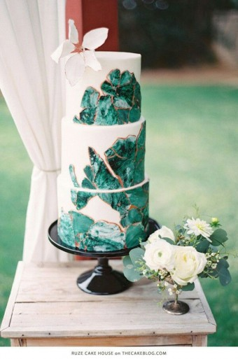 Green marble Gold cake